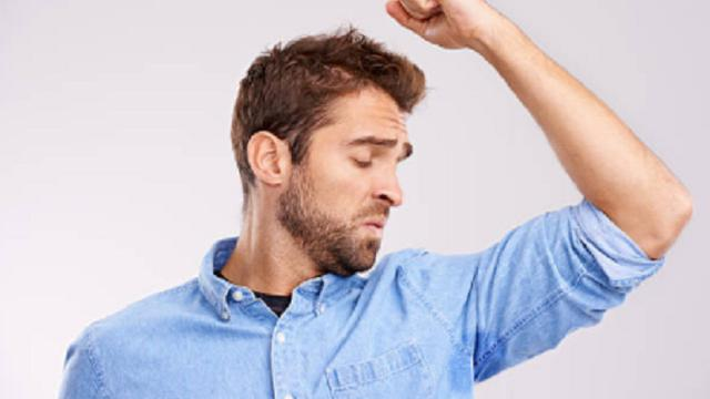 5 Tips Untuk Mencegah Bau Badan