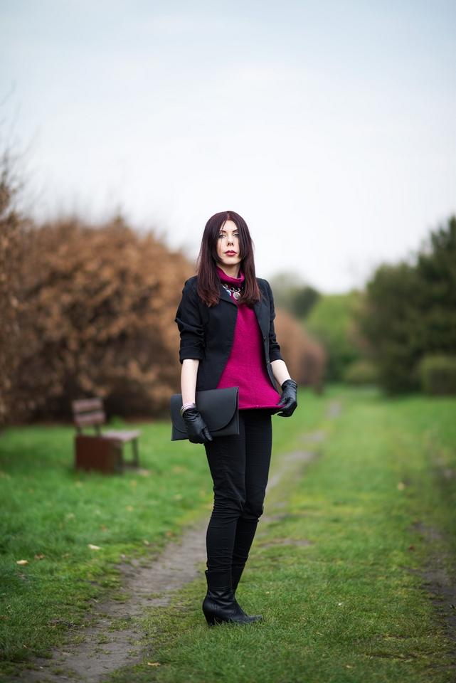 sesja w ogrodzie botanicznym Łódź | fuksja | sweter Emporio Armani | skórzane botki Sarah Karen | elegancja | blogerka | blog o modzie | blog modowy | blog szafiarski