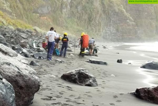 Rescatado ayer un bañista en la playa de Nogales