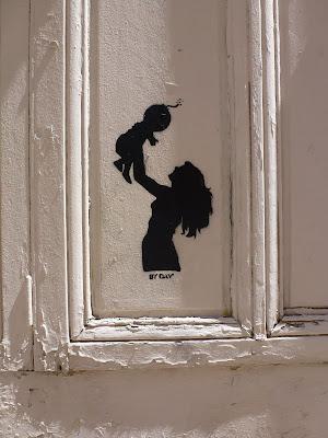 """Stencil aus Lyon von """"By Day"""""""