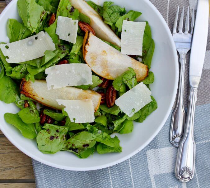 Roasted Pear and Spiced Pecan Salad