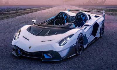 سيارة لونها أبيض حديثة سريعة 2021