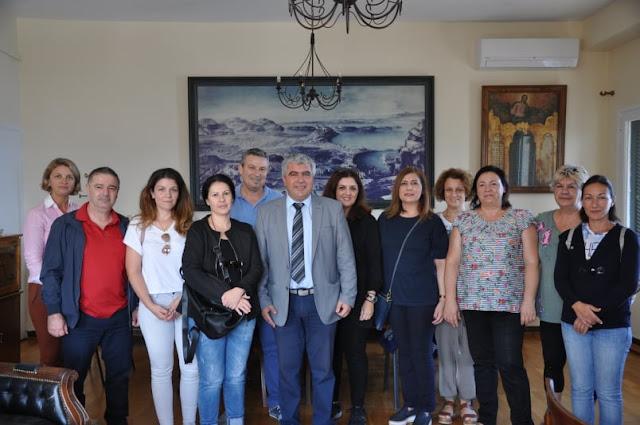 Πρέβεζα: Τον Δήμαρχο Πρέβεζας Συνάντησε Αντιπροσωπεία Εργαζομένων Από Τους Παιδικούς Σταθμούς &Τα ΚΔΑΠ μετά και την μεταφορά των Δομών στο Δήμο