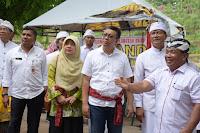 Gubernur NTB Simakrama dengan Warga Arya Wang Bang Pinatih Gerung