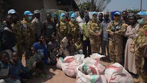 Satgas TNI Konga XXXIX-B RDB MONUSCO Berbagi Daging qurban di Daerah Misi Republik Kongo
