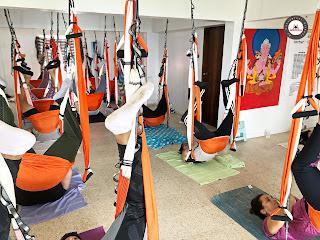 formación yoga aéreo, formación aeroyoga, air yoga, fly yoga, cursos yoga aéreo, cursos pilates aéreo, formación pilates aéreo, formación fiotness aéreo, clases yoga aéreo, clases aeroyoga