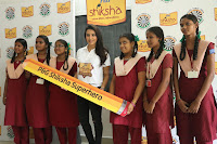 Actress Priya Anand in T Shirt with Students of Shiksha Movement Events 57.jpg