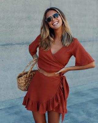 Vestido de dos piezas rojo de verano
