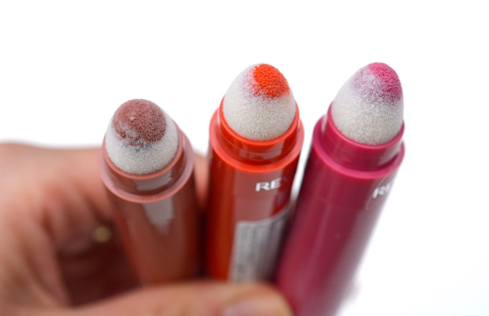 REVLON Kiss CUSHION LIP TINT Review