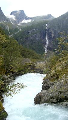 Glaciar Briksdalsbreen
