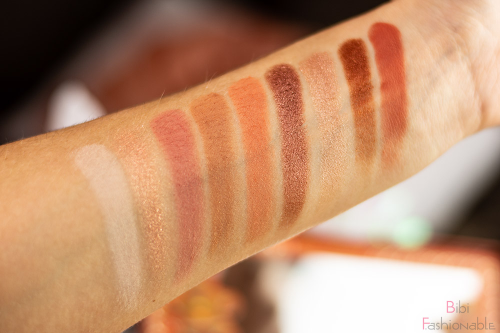 Too-Faced-Gingerbread-Extra-Spicy-Eyeshadow-Palette-Swatches
