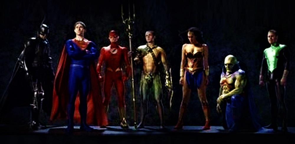 Justice League: Mortal: Jay Baruchel asegura que su Maxwell Lord era muy diferente al de Pedro Pascal