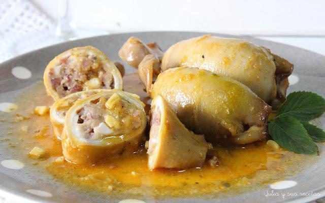 Calamares rellenos de jamón y huevo duro. Julia y sus recetas