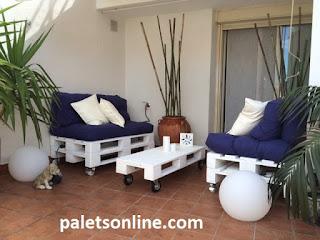 palets color blanco colchón azul mueblesconpalets.com