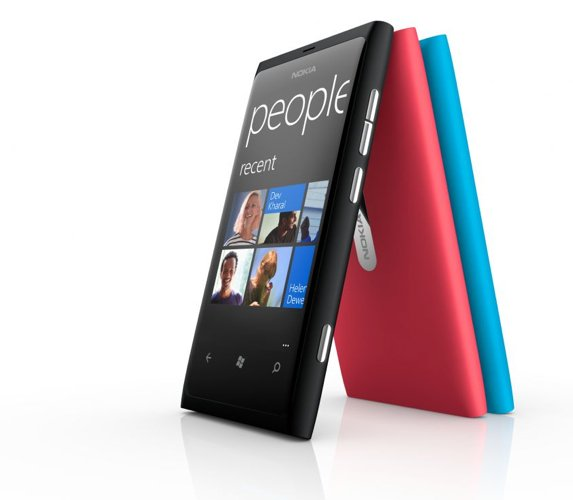 Nokia Lumia 800 presented ,the first terminal Windows Phone from Nokia