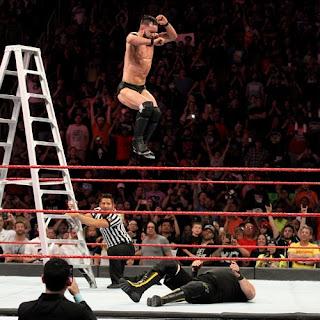 WWE RAW 4.6.2018