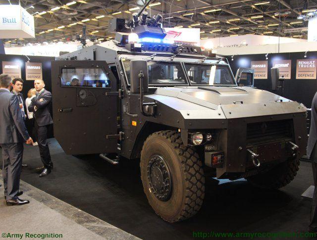 world defence news renault trucks defense new sherpa light apc xl starring at milipol 2015. Black Bedroom Furniture Sets. Home Design Ideas