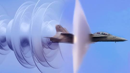 Suara Dentuman Dini Hari Tadi dari Sonic Boom? Ini Kata TNI AU
