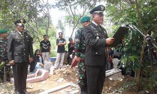 Danramil 11/Sidareja Pimpin Upacara Pemakaman Kapten (Purn) Siswargo