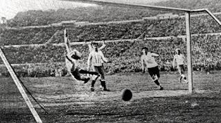 Piala Dunia pertama, Uruguay 1930: Mimpi yang Menjadi Kenyataan