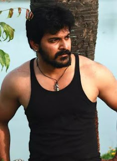 Srinish Aravind Family Wife Son Daughter Father Mother Marriage Photos Biography Profile