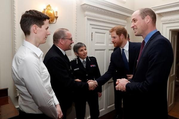 William i Harry na spotkaniu z przedstawicielami Metropolitan Police w Pałacu Kensington