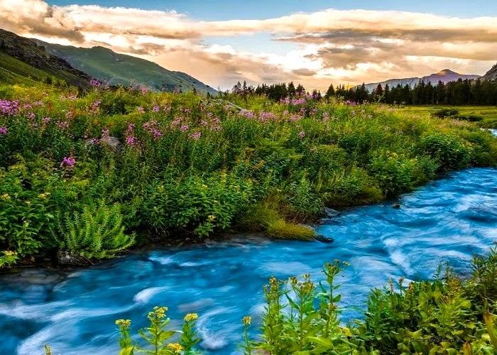 Alam Ini Sungguh Indah Untuk Dinikmati