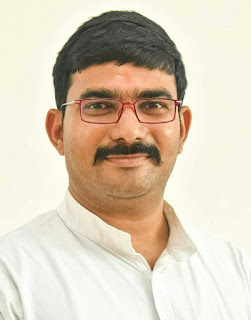 #JaunpurLive : कोविड वैक्सीन कोरोना से बचाव के लिए सुरक्षा घेरा है - अमित सिंह