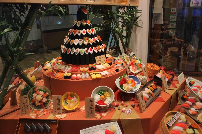 tokyo skytree sushi plates