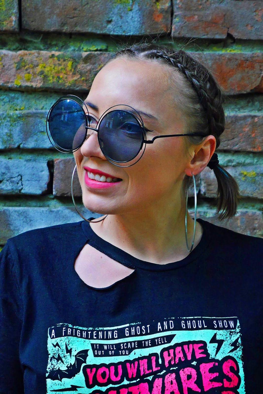2_szorty_levis_top_cropp_nadruk_plecka_blog_modowy_karyn_060518