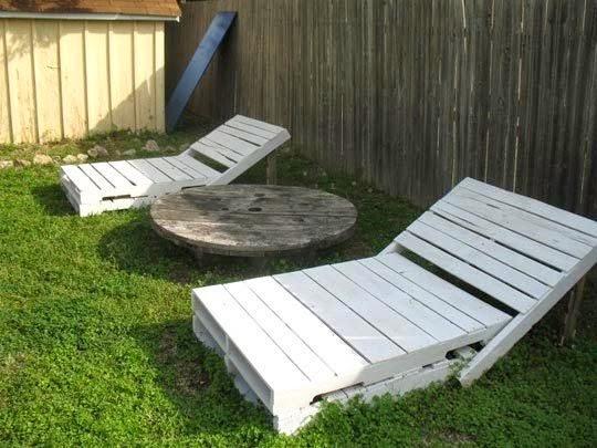 D I Y Pallet Lounge Chair Triple F