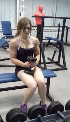 """<img src=""""julia_vins_russian_girl_powerlifter_3.png"""" alt=""""julia_vins_russian_girl_powerlifter_3"""">"""