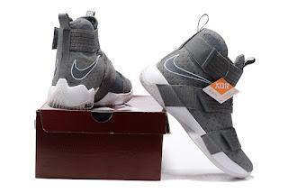 Nike LeBron Soldier 10 Grey White Sepatu Basket Premium, harga  nike lebron soldier 10, jual lebron soldier 10 grey ,sepatu basket nike lebron