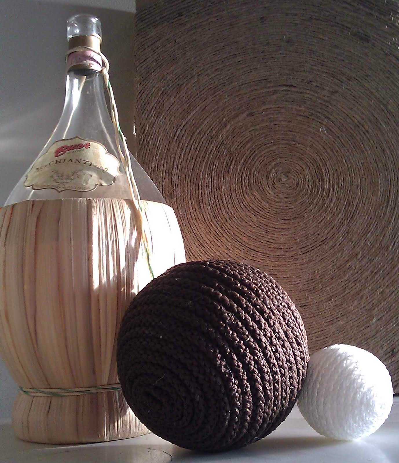 Live to Love to Craft: DIY Home Decor Balls & Box