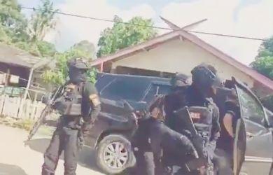 Berani Lawan Pengusaha Sawit, Ketua Adat Laman Kinipan dan Anak Buahnya Ditangkap Satu Persatu