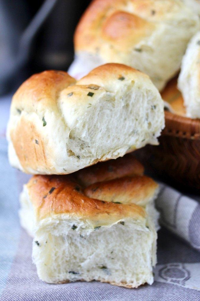 summer herb dinner rolls
