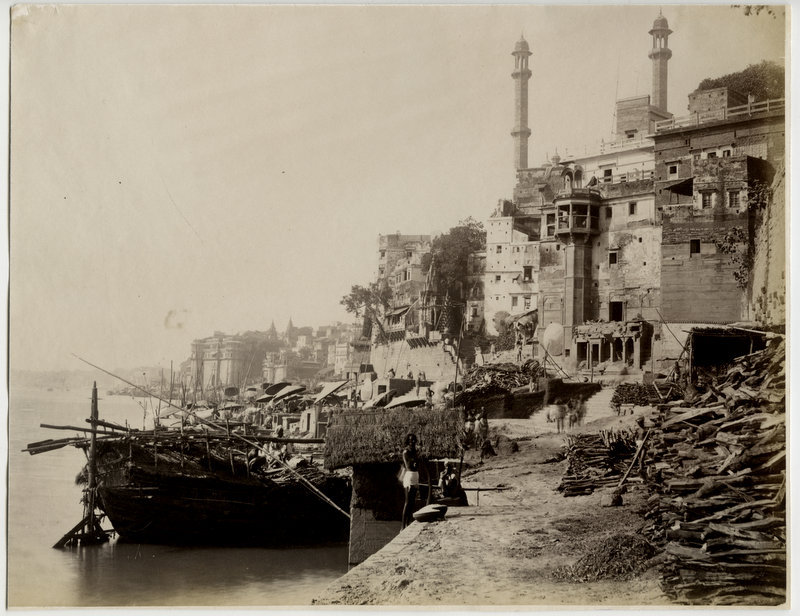View of Ganges River, Boats and Architectures in Varanasi (Benares) - 1880's