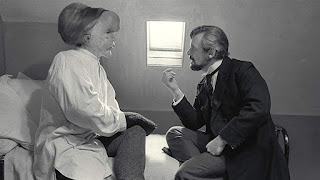 The Elephant Man - Anthony Hopkins and John Hurt