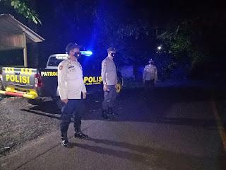 Menemalaisir Tindak Pidana, Polsek Cendana Melaksanakan Patroli Blue Light