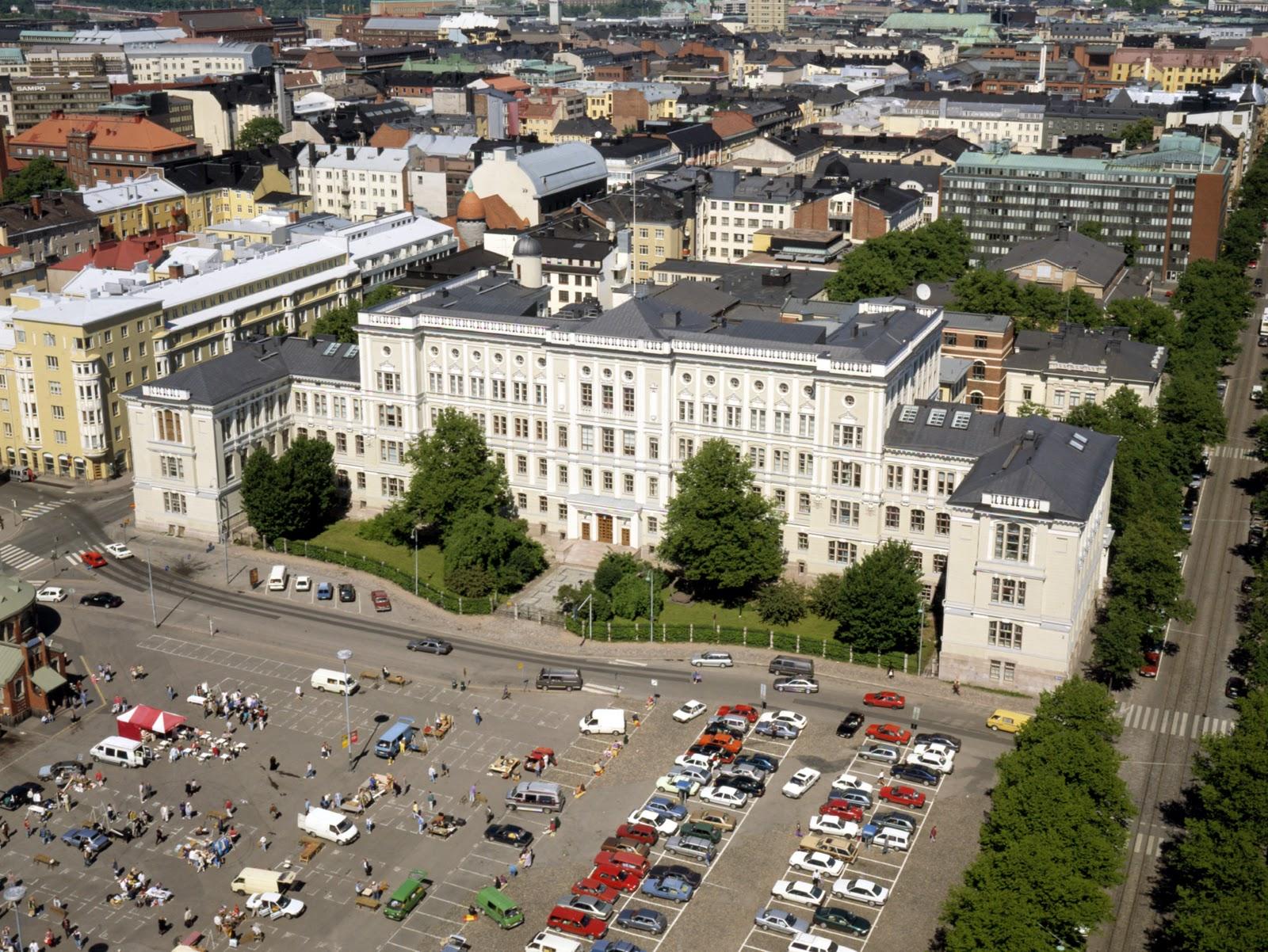 Inssit satavee: Suomenkielisen insinöörikoulutuksen alkutaival Helsingissä