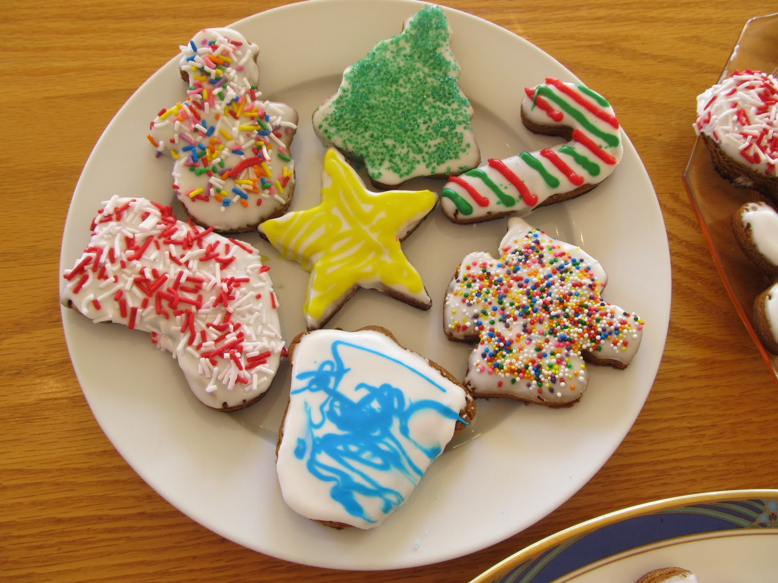 High Park Home Daycare Royal Icing Makes Kids Cookie & Christmas Cookie Decorating Ideas For Kids - Elitflat