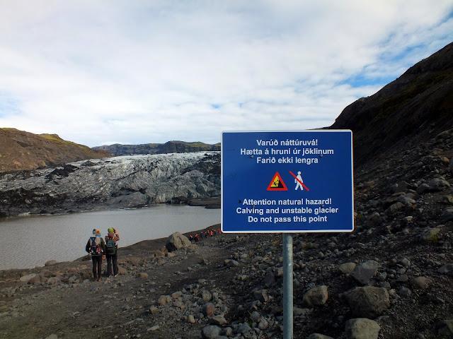 caminar por un glaciar Islandia