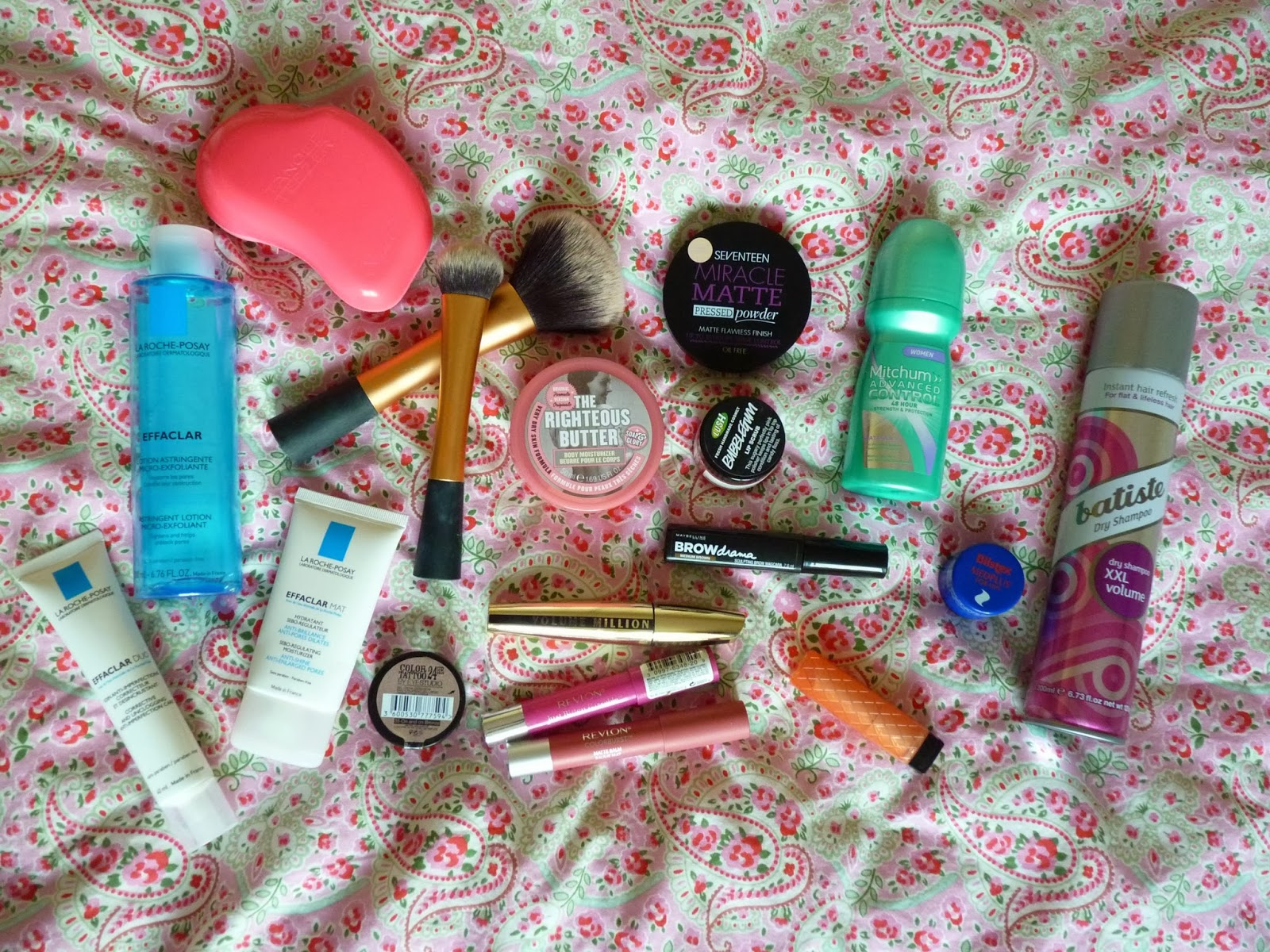 High Street Beauty Makeup Favourites La Roche Posay Tangle Teacer Revlon L'Oreal Batiste Real Techniques Maybelline Soap and Glory