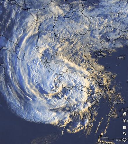 Κυκλώνας Ιανός: Όλα τα τελευταία δεδομένα