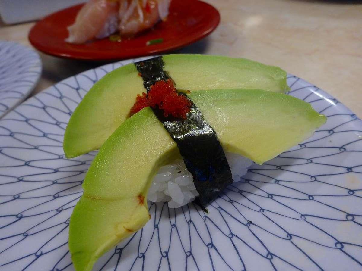 アボカドだけのにぎり寿司。これがまた美味しい…ヽ(=´▽=)ノ!!