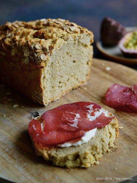 lait ribot , farine d'épeautre , pain irlandais , pain rapide , pain moelleux