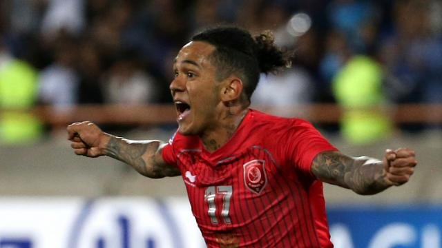 """النصر يقترب من """"الداهيه البرازيلى"""""""