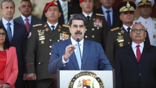 Venezuela suspende por un mes vuelos desde Europa y Colombia