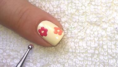 Life World Women: Fall Flower Nail Design Using Dotting Tool