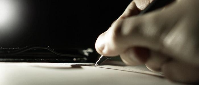 close up hand pen 261470